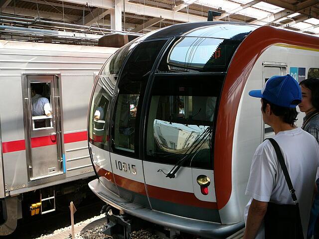 副都心線の電車