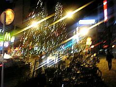 市川駅前のイルミネーション