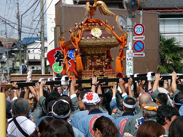 手児奈神社の神輿