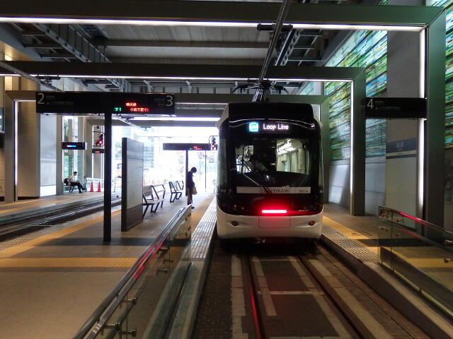 市内電車富山駅