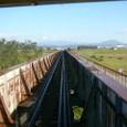米代川を渡る