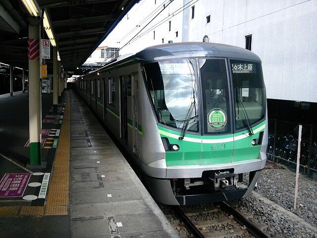 松戸駅の16000系